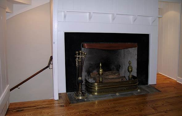 fireplace2_greenhill_road_mcginn_construction.jpg