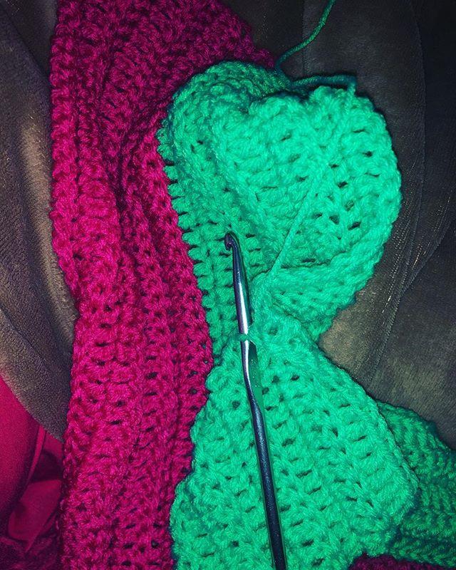 Baby 🍼 blanket... #crochet #crochetblanket #pinkandgreen #handmade