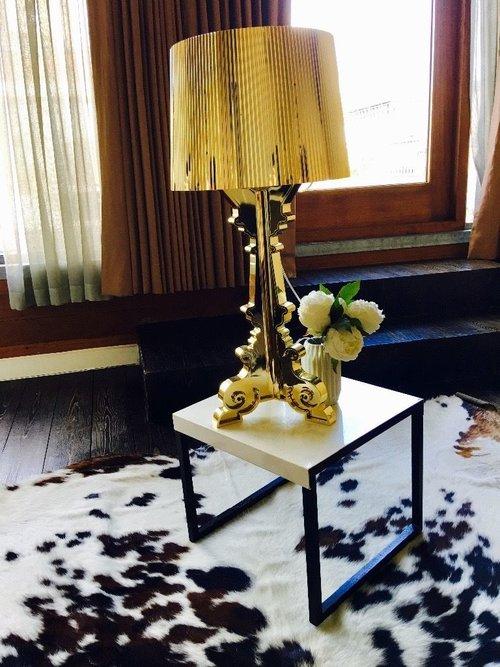 Bourgie Gold Table Lamp Bello Spazio