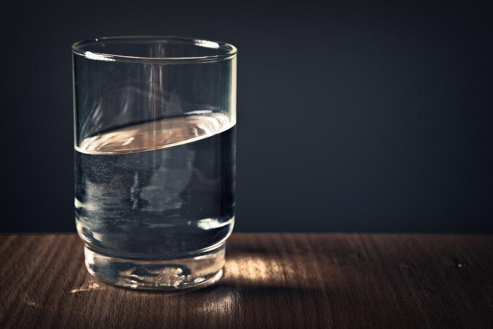 glass-h2o-liquid-928854.jpg