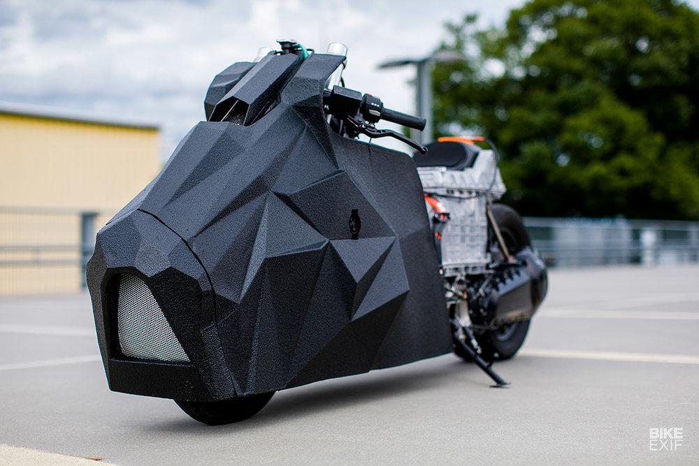 Krautmotors_E-Lisabad_BMW_Drag_Scooter_Moto-Mucci (3).jpg