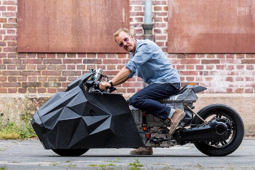 Krautmotors_E-Lisabad_BMW_Drag_Scooter_Moto-Mucci (4).jpg