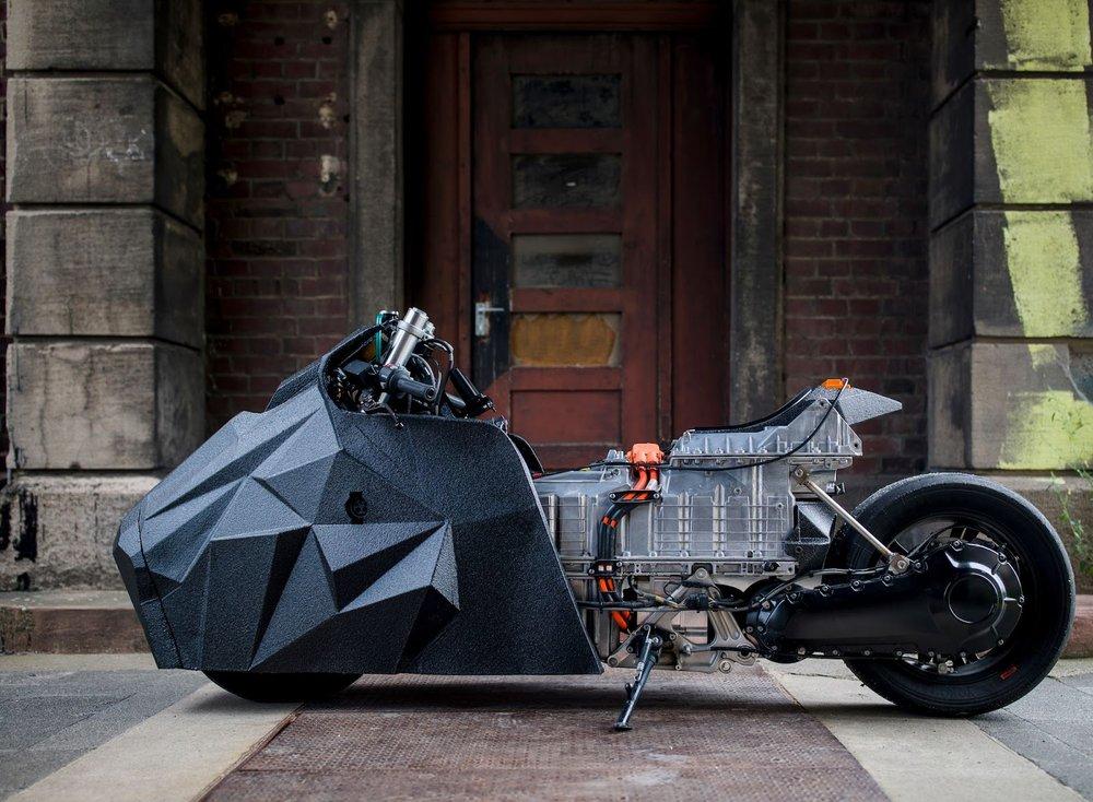 Krautmotors_E-Lisabad_BMW_Drag_Scooter_Moto-Mucci.jpg