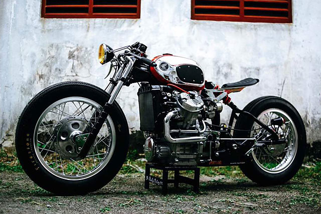 Rusty_Factory_Custom_Honda_CX500_Moto-Mucci (2).jpg