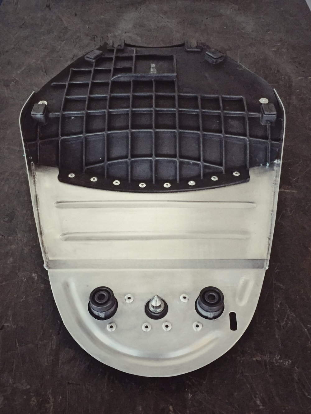 Moto-Mucci_Custom_Ducati_Sport_Classic_Seat (3).JPG