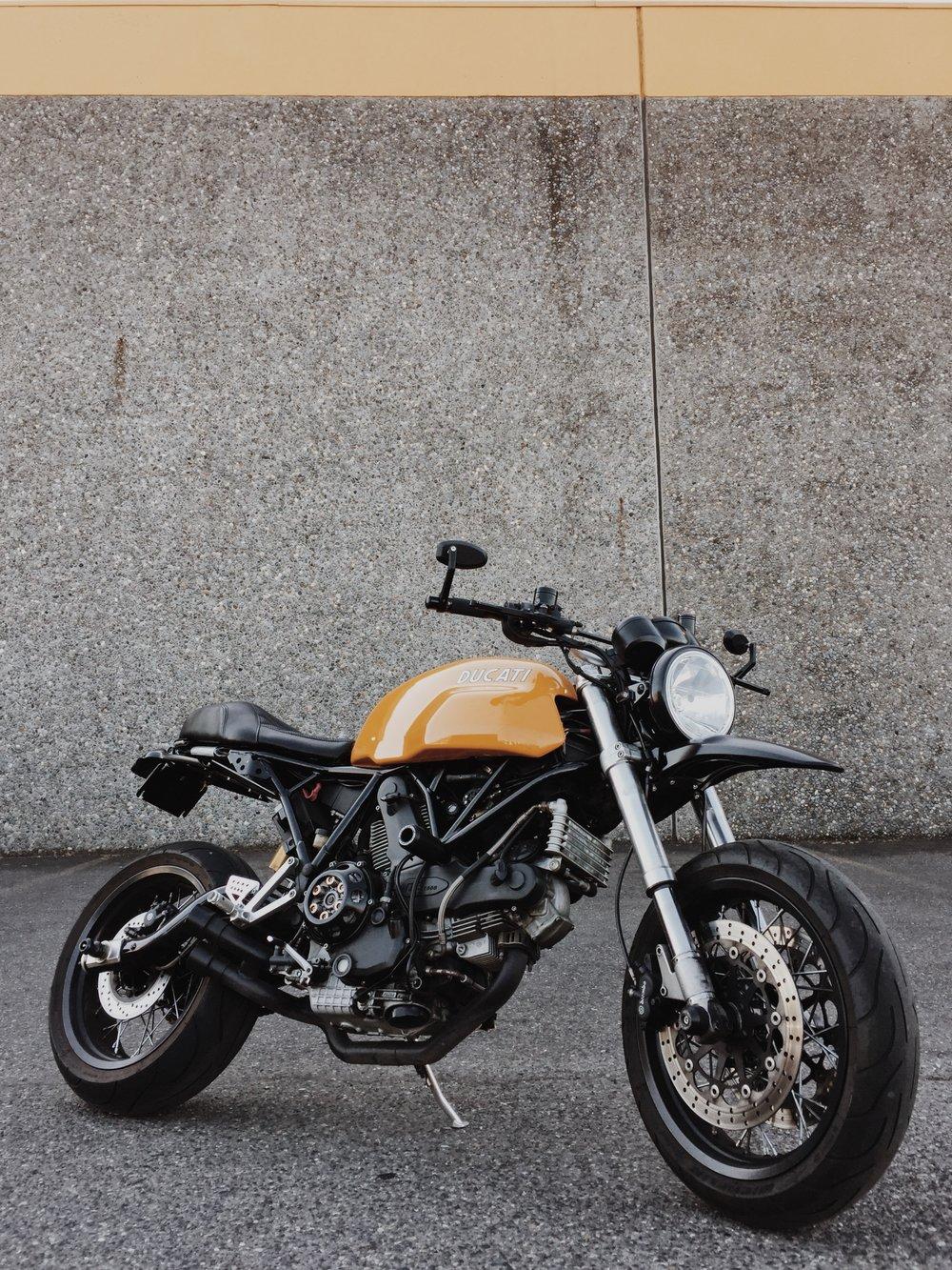 Moto-Mucci_Custom_Ducati_SC1000_Seat (11).jpg