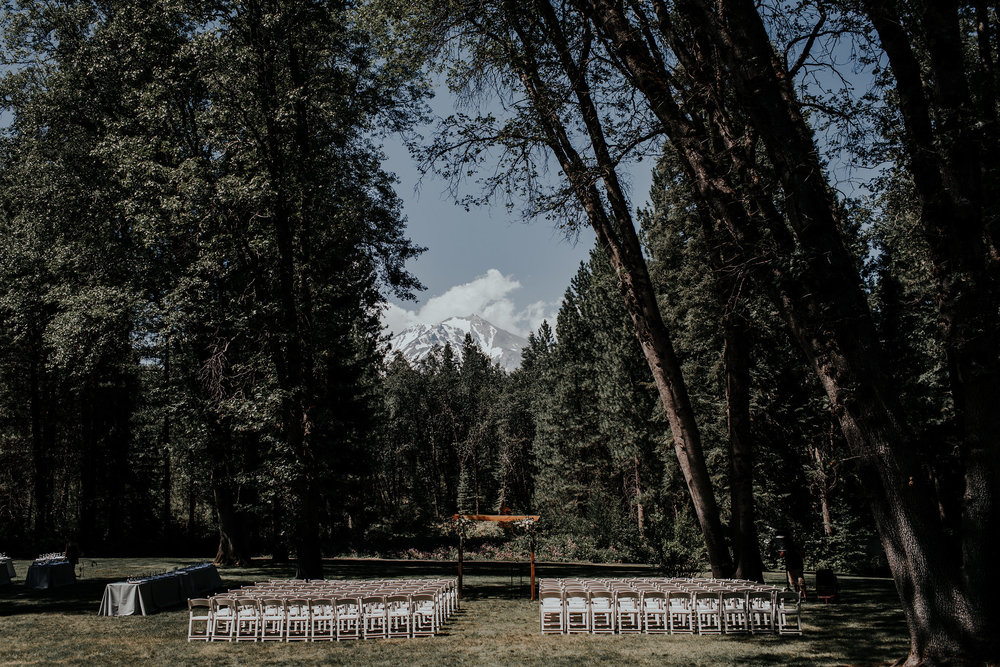hannah-merritt-photography-porter-wedding-mccloud-guest-house-mt-shasta-california-425.jpg