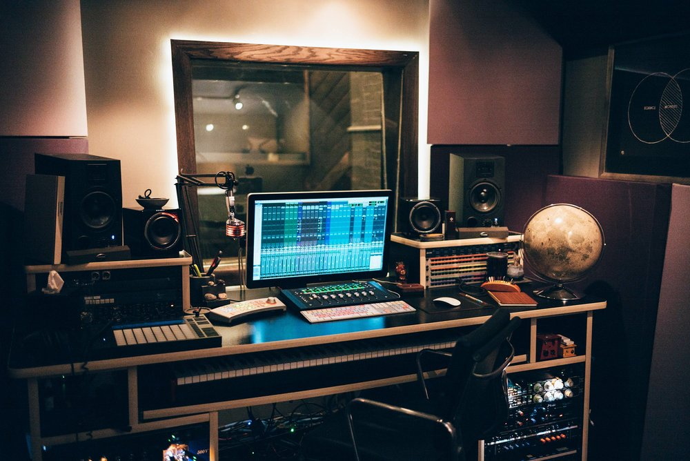 Post Production - From Mixing to Mastering and everything in between, finish your project right.
