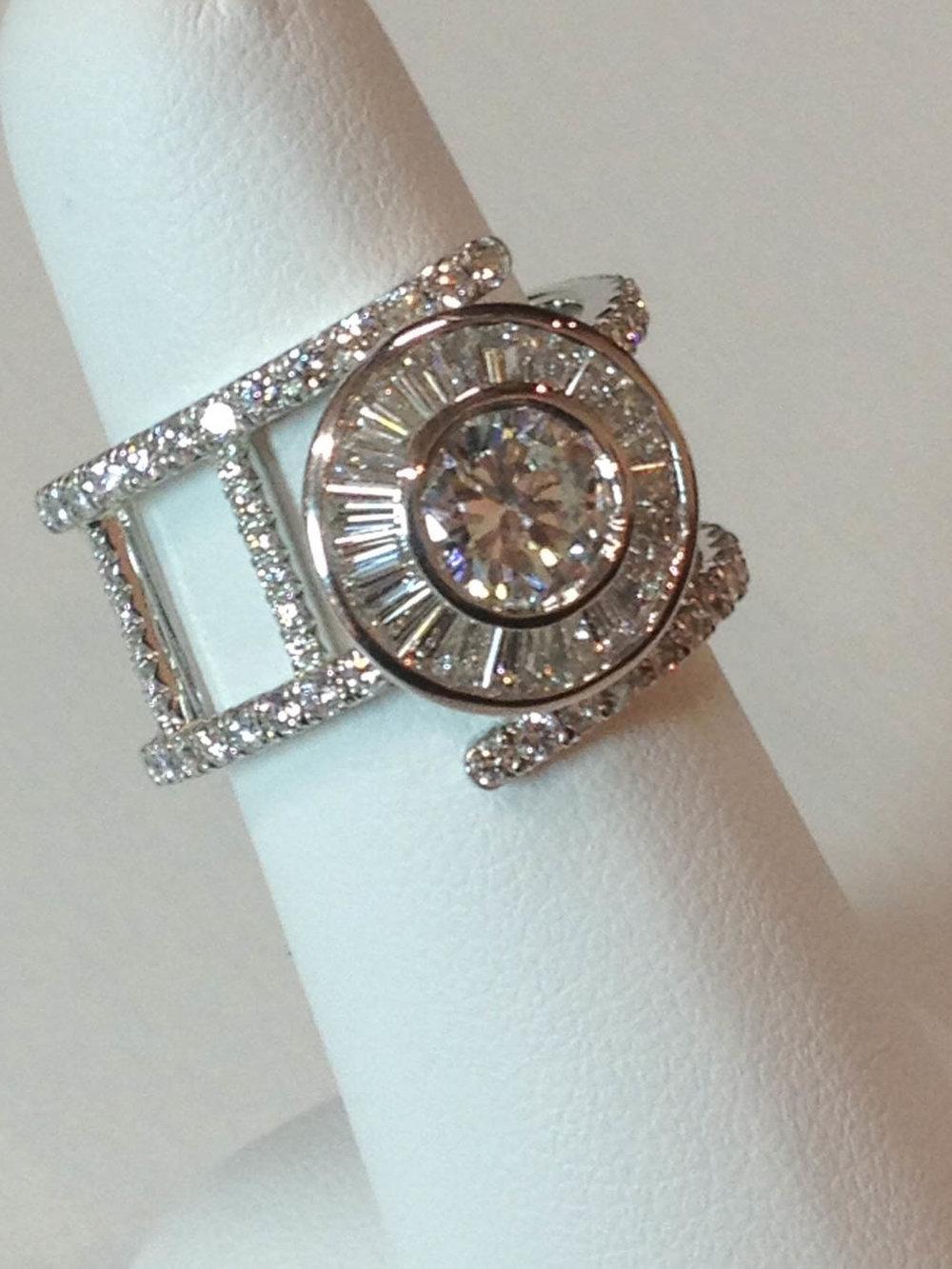img_diamond ring mag-114348.jpg