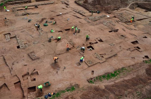 Medieval mansion discovered at excavation site | F.E. Moran