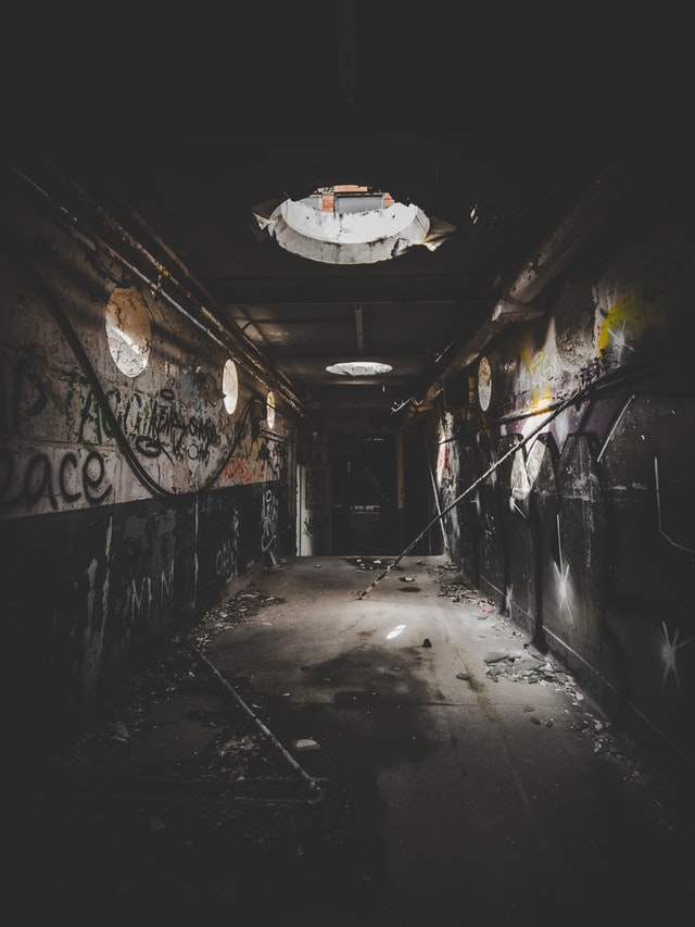 abandoned building.jpeg