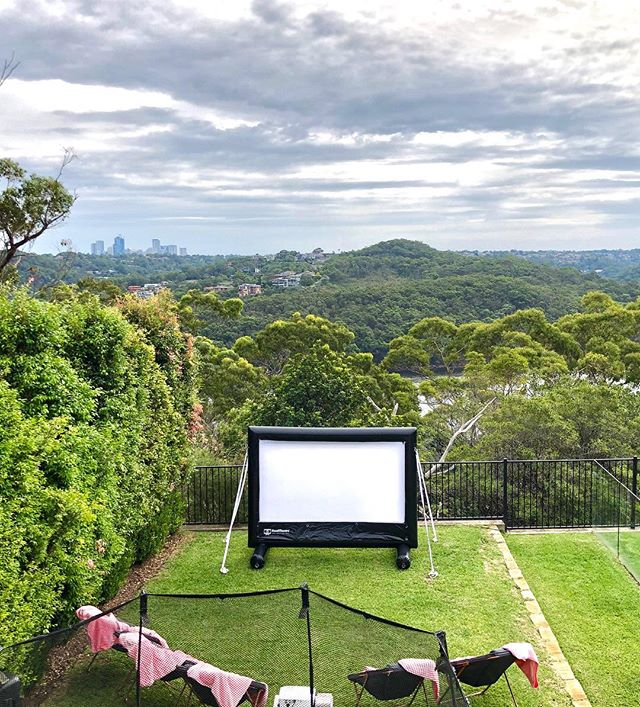 Wow what a location for this Backyard Cinema Party 🍿💖 we had some very happy party people