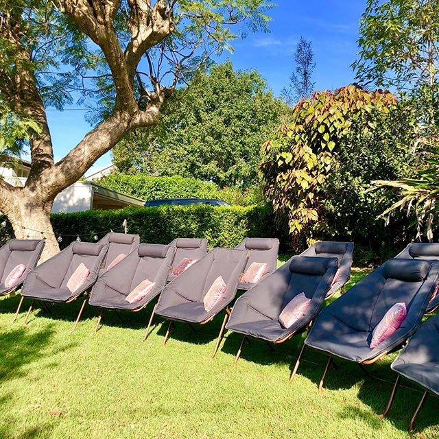 All set for a perfect backyard Cinema Party. What a beautiful setting 🍿