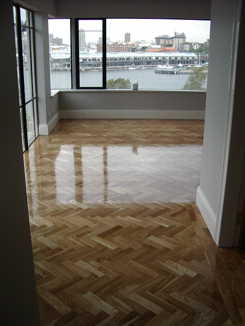 20140324043417221_website_parquetry_OakParquethighglossfinish130.jpg