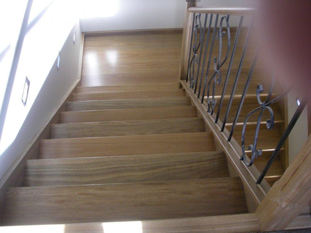 20140324043417221_website_stairs_SpottedGumsolidtimberTGstairs20.jpg