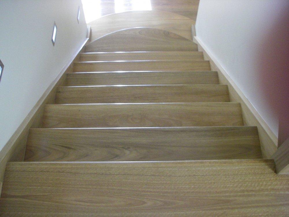 20140324043417221_website_stairs_SpottedGumsolidtimberTGstairs2130.jpg
