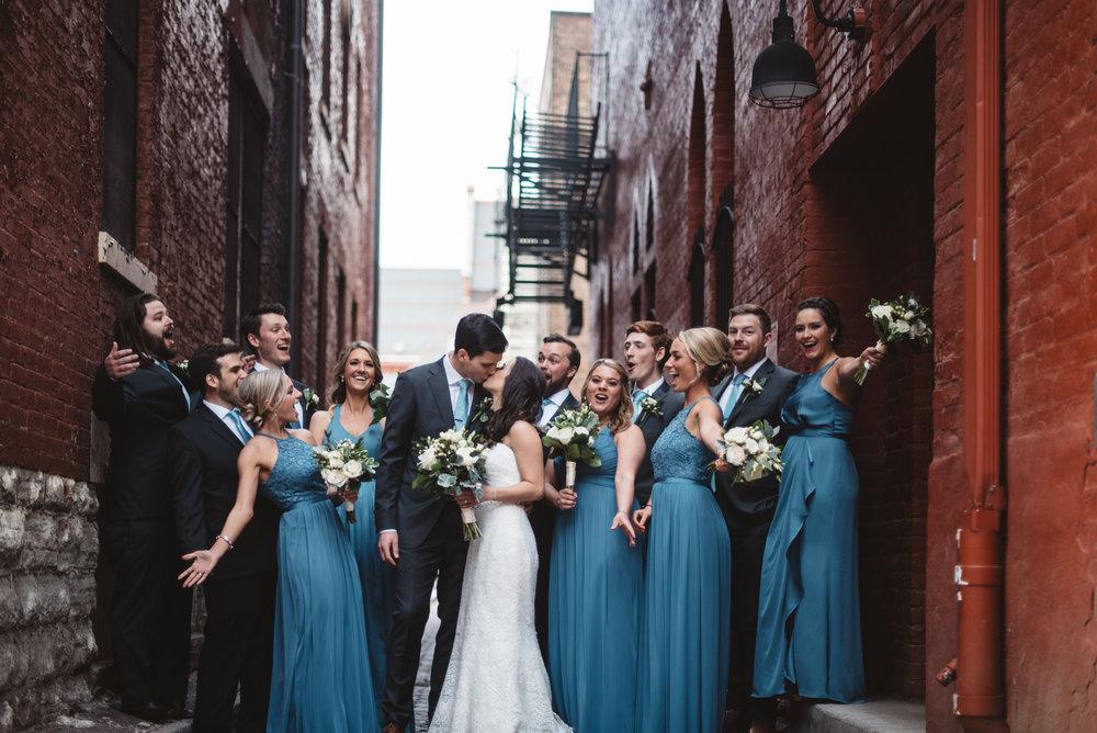 Wedding Party | The Transept, Cincinnati Ohio | Leslie Rodriguez Photography