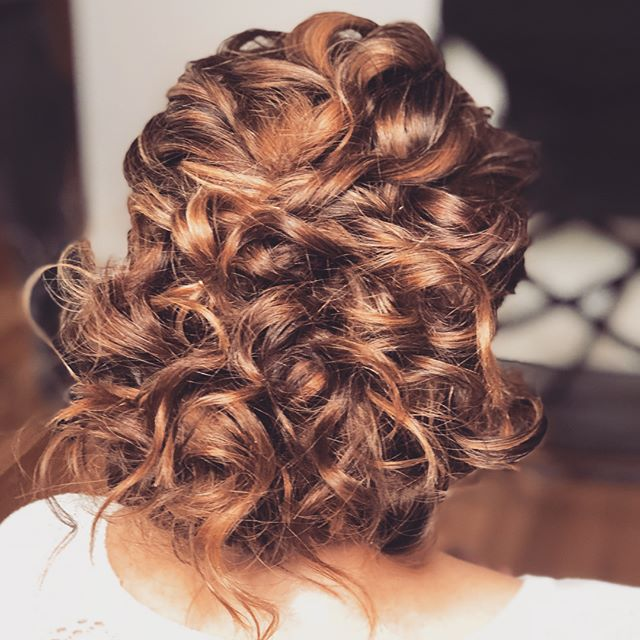 Mother of the groom... it is a special day for everyone.. and to see your baby getting married is huge! #motherofthegroom #makeup #hair #hairstyle #curls #upstyle #mobileservices #mobilehairdresser #mobilemakeupartist #sydneywide #auswide #hairandmakeupsydney #hairandmakeupteam