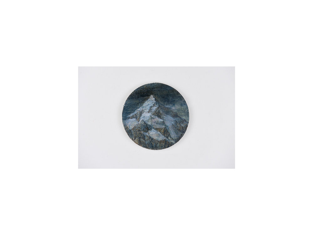 Sarah Tomasetti   Unknown Peak XV , 2017-2018 oil and encaustic on fresco plaster diameter: 13.5cm