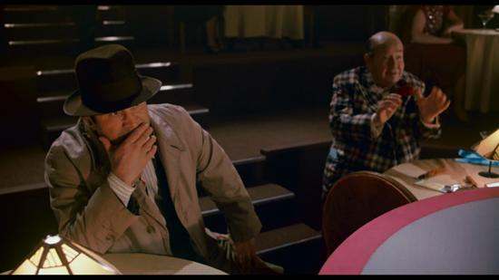 Bob Hoskins as private investigator Eddie Valiant. (  Source  )