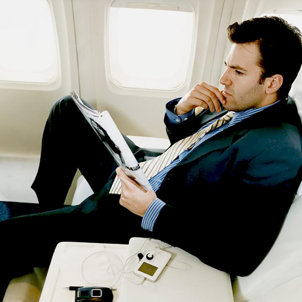 audience-innovation-magazine-cover-wrap-marketing-airplane-execs