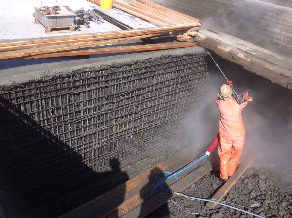 Skandiahamnen Göteborg: Vattenbilning av felgjutning järnvägsbro för Westcon Entrprenad AB 2018