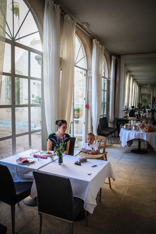 Ontbijt - idyllische - château de massillan - Reizen met kinderen - Slapen in een kasteel
