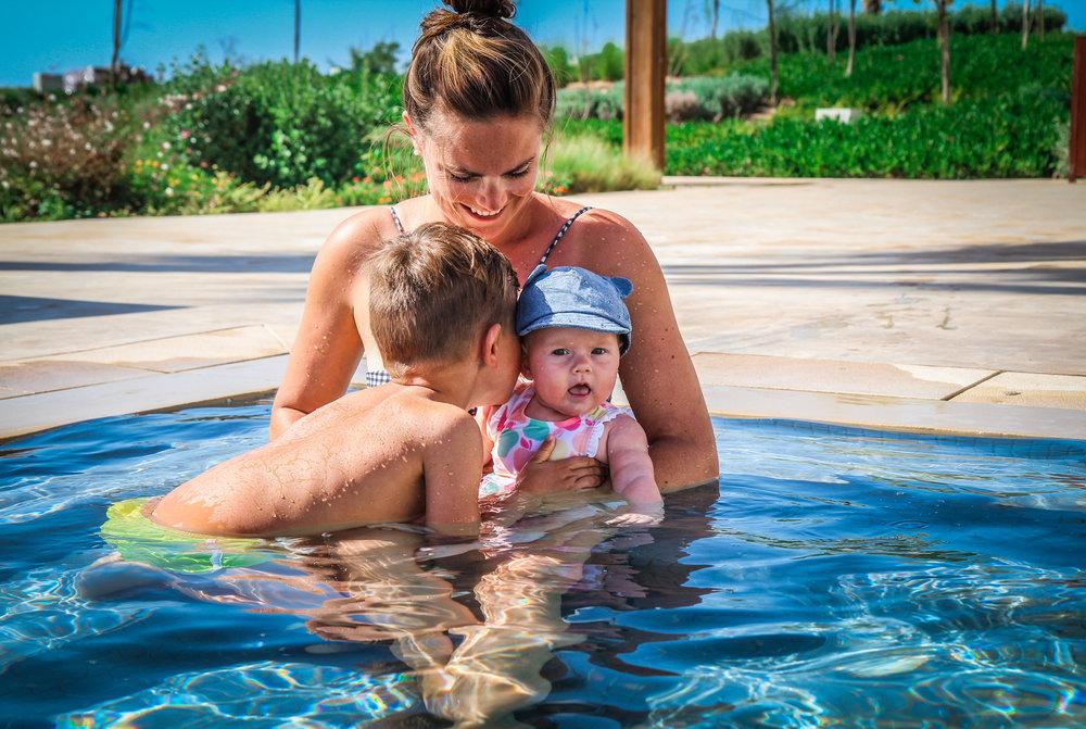 Hyatt Taghazout Bay - Reizen met kinderen - broer en zuster liefde.jpg