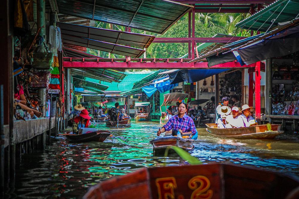 Reizen kinderen Thailand Bangkok floating market2.jpg