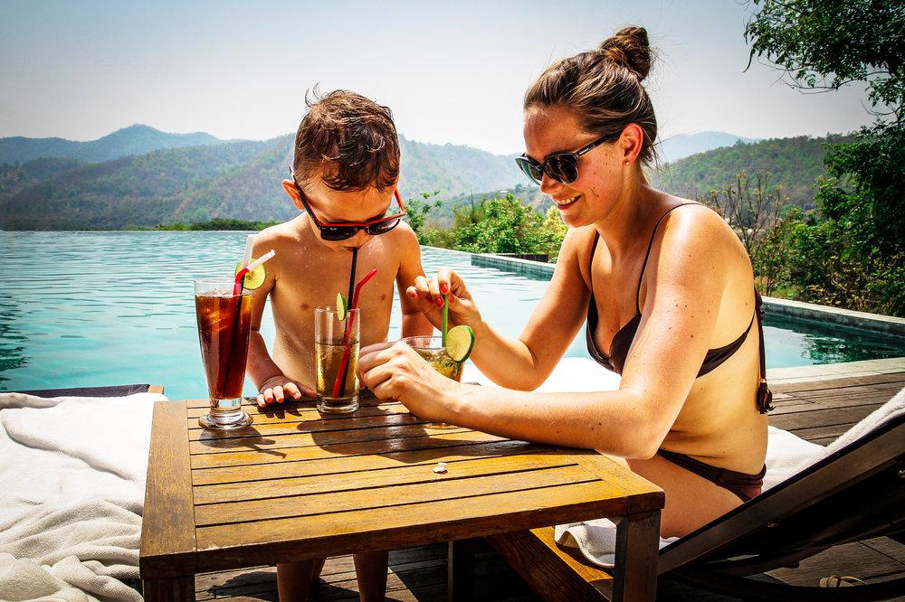 Reizen met Kinderen Thailand Chiang Mai Veranda Resort Pool.jpg