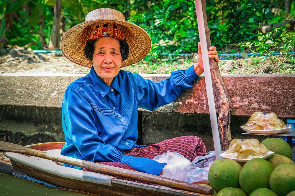 Reizen met Kinderen Thailand Floating Market.jpg