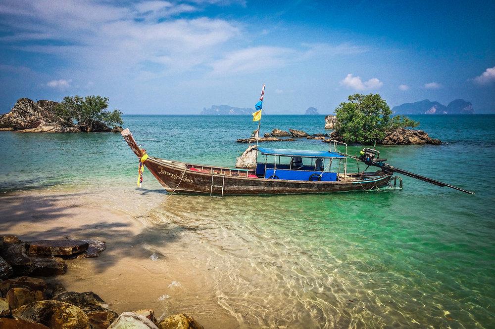 Reizen met Kinderen Thailand Zuide Longtail Boat boot.jpg