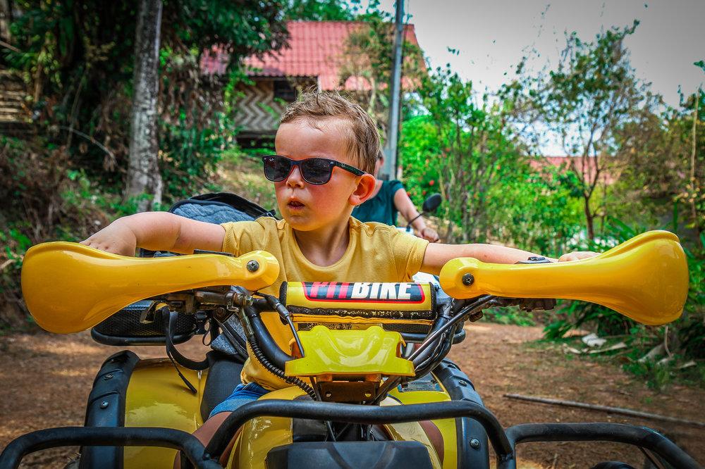 Reizen met Kinderen Thailand Zuiden - sunset - Quad.jpg
