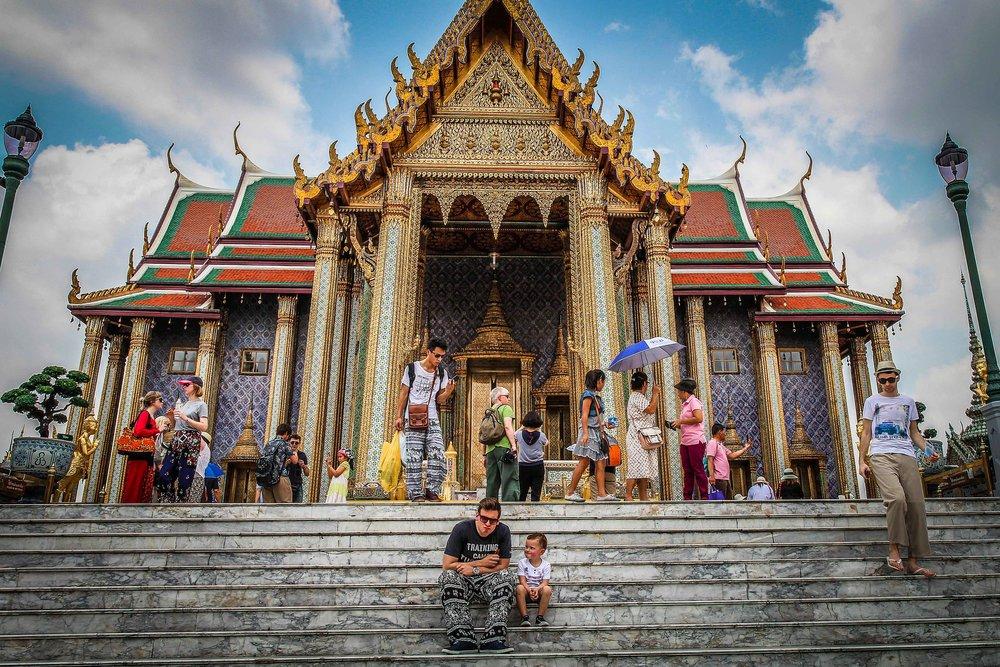 Bangkok met kinderen - Grand Palace trappen
