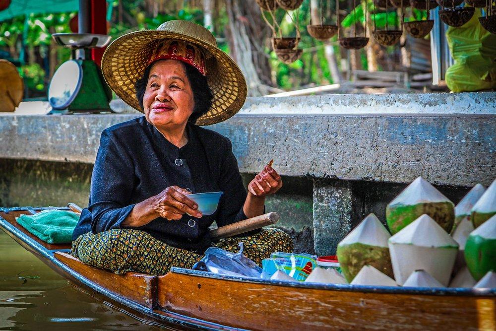 Bangkok met kinderen - Drijvende markt - Damnoen Saduak - Coconut
