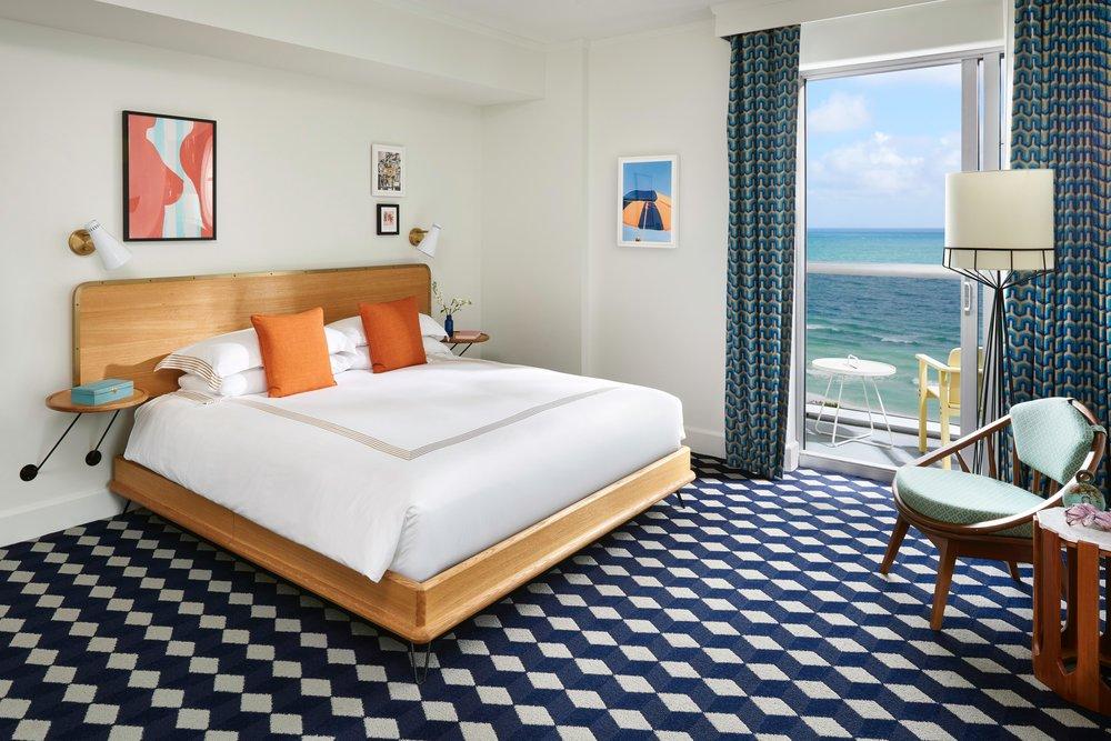 Confidante-Miami-Suite-Balcony.jpg