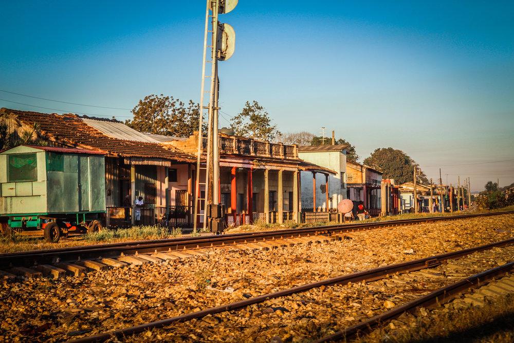 Onderweg naar Trinidad cuba - Jovellanos - Spoorweg