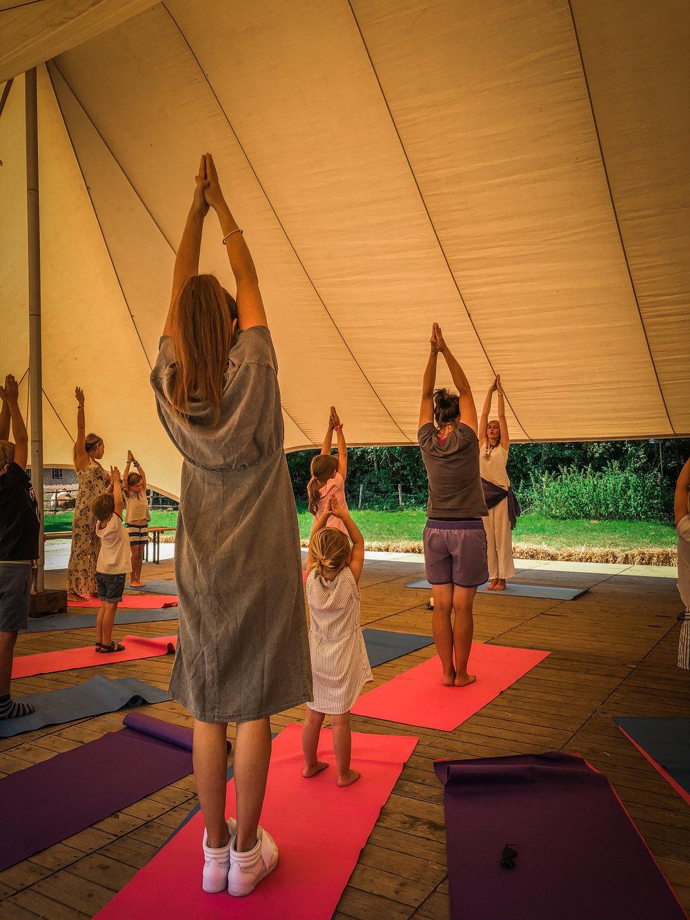 Bokrijk Zomerfestival - Dag uitstap - Familie Yoga