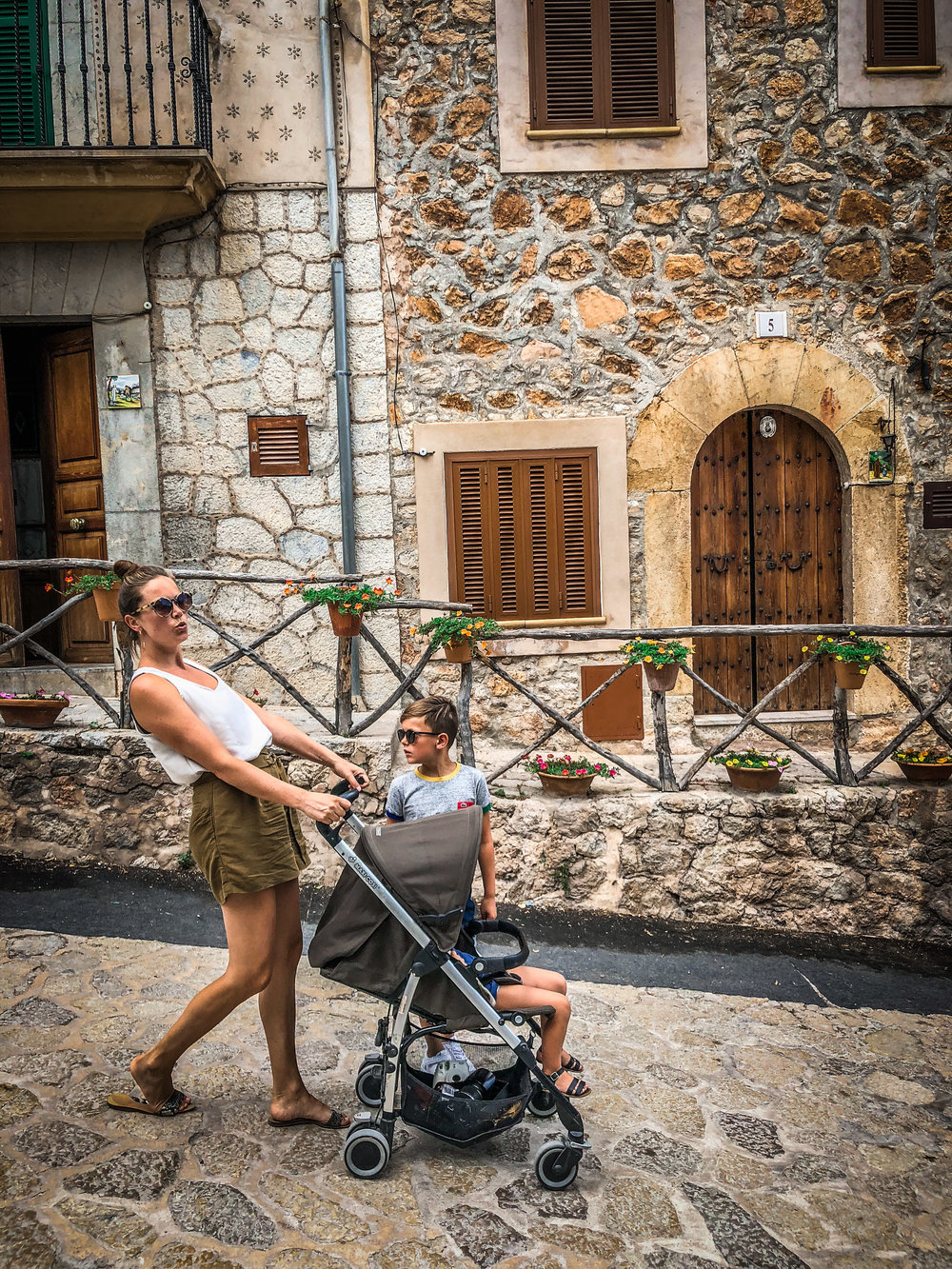 Valldemossa - stroller - Must do's