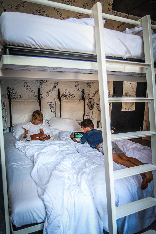 kaboom hotel maastricht_4 persoons stapelbed-7.JPG
