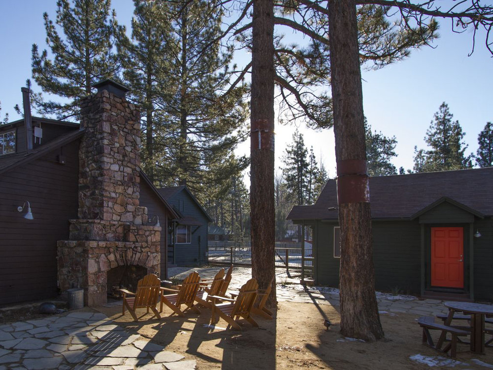 Noon Lodge Big bear2.jpg