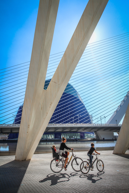 withkidsontheroad_Valencia_fietsen.JPG