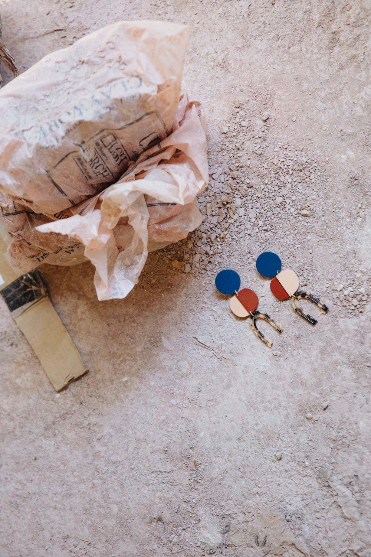The  Efira Earrings  in clay rubble