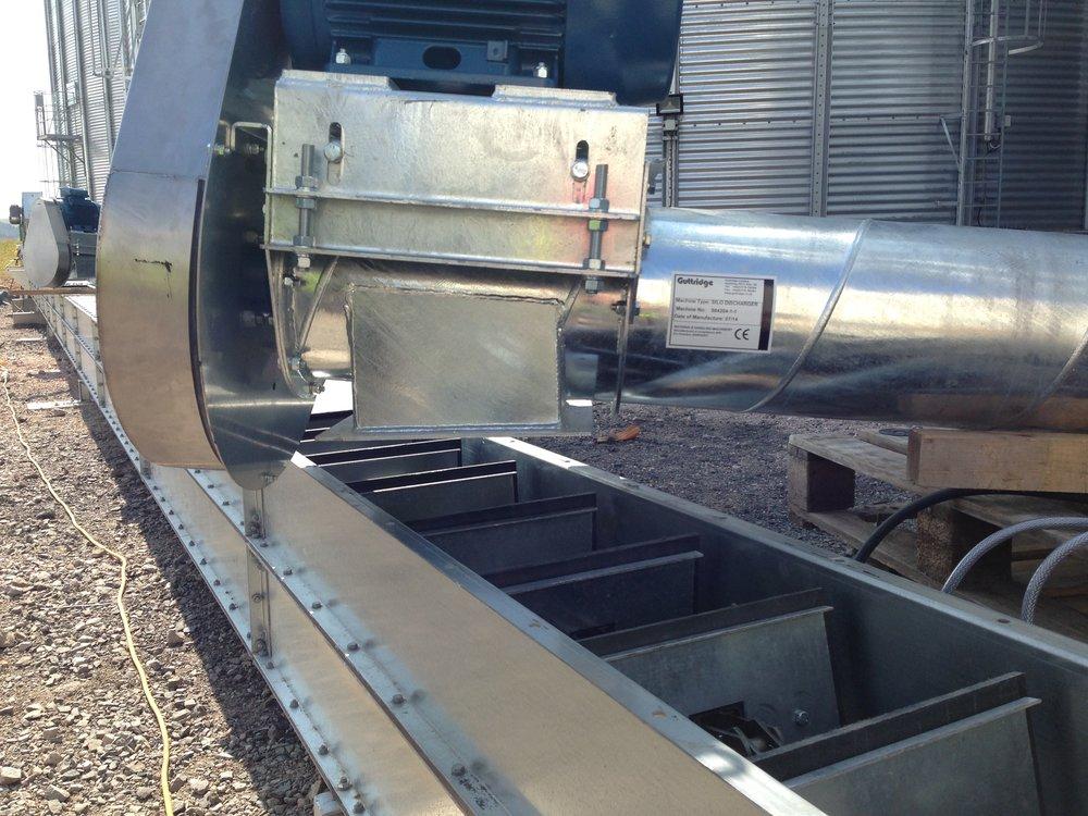 Guttridge silo discharger