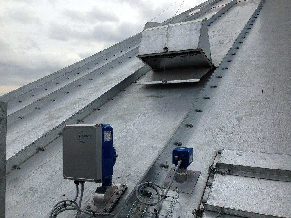 Nivobob alongside emergency high level sensor (Rotonivo)