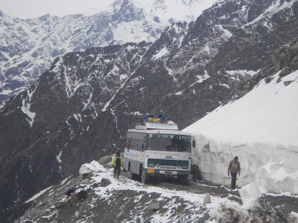 lorry-himalayas-india.jpg