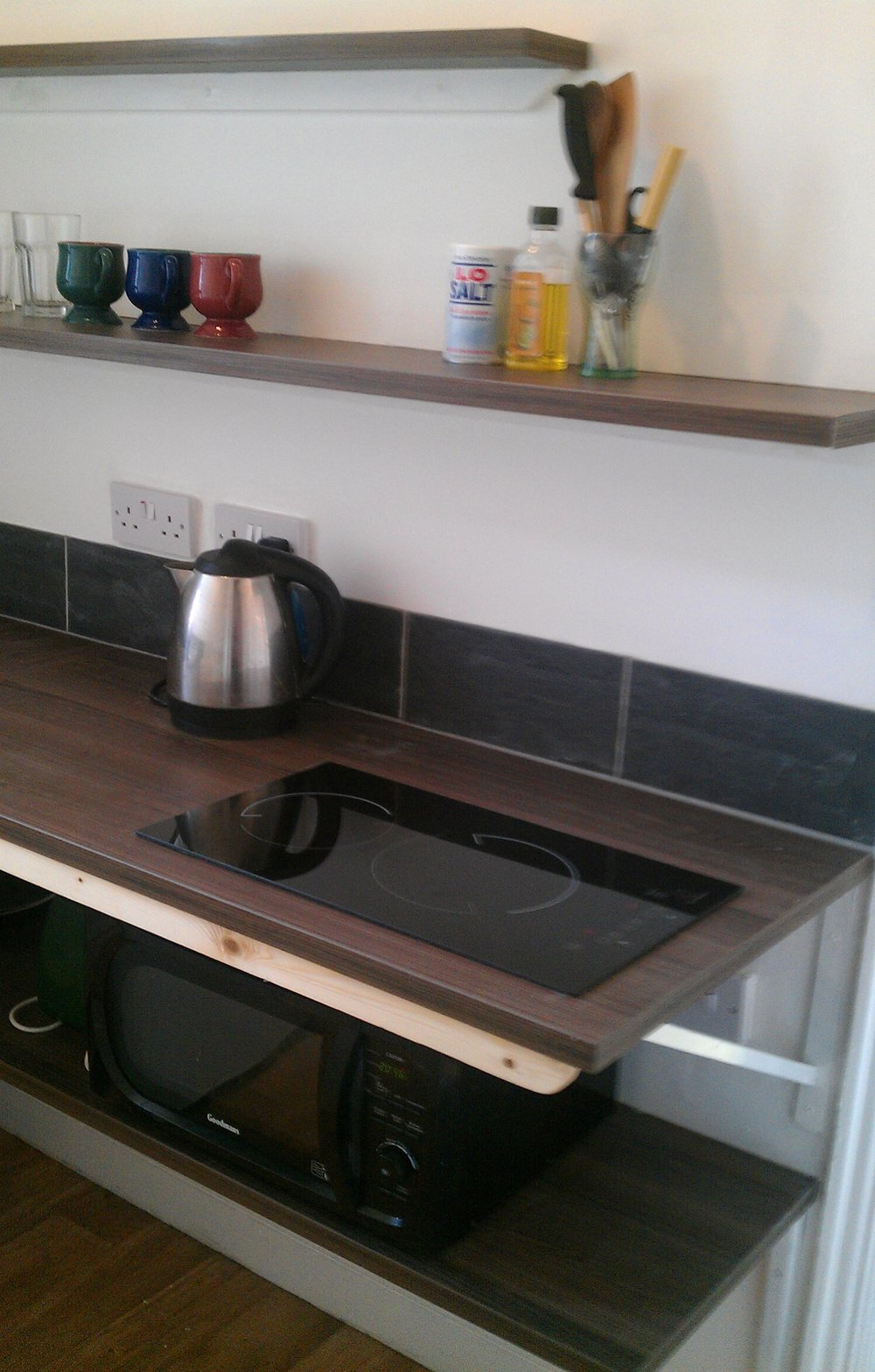 kitchen hobs.jpg