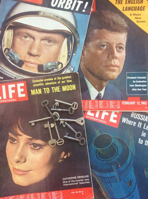 Life International magazines from the early 1960's, part of my collection of random old things - paperiaarre.com