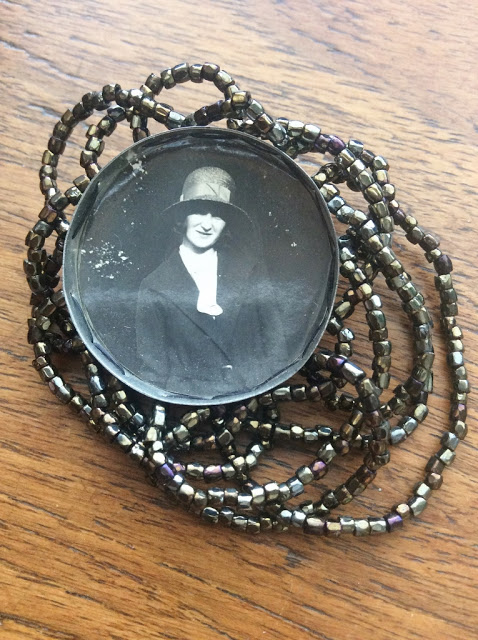 mixed media brooch made with vintage photo and tin - paperiaarre.com
