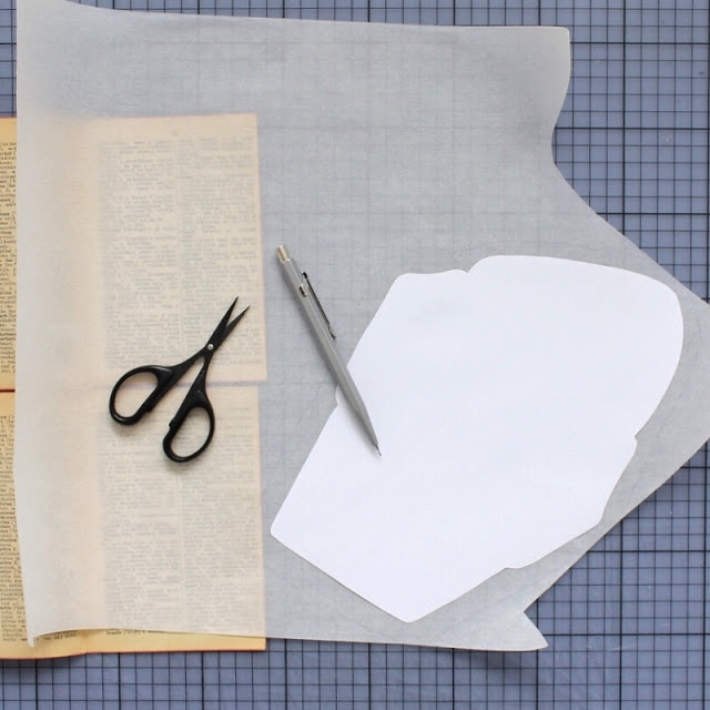 diy: mixed paper envelopes - cutting out fusible adhesive / paperiaarre.com